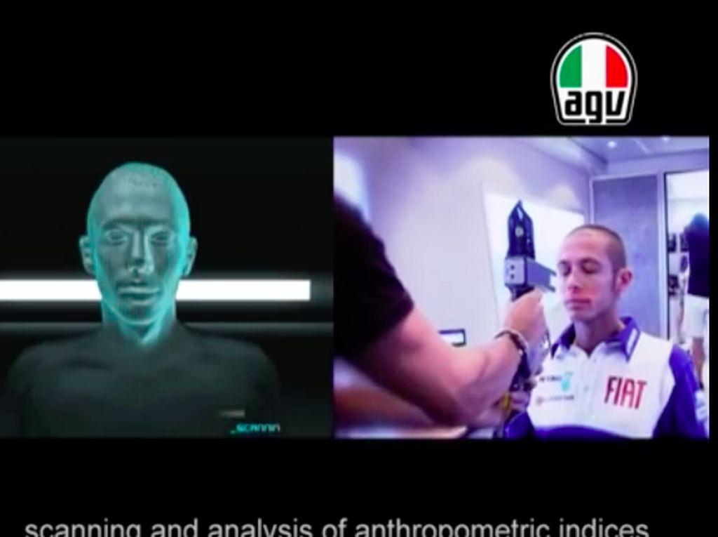 Intip Proses Pembuatan Helm Valentino Rossi