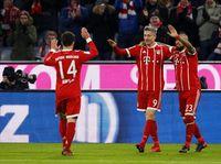Lewandowski Pimpin Bayern Hajar Augsburg