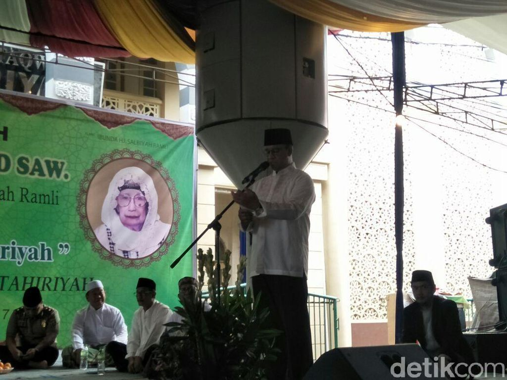 Anies Hadiri Peringatan Maulid Nabi di Masjid Attaqwa Tebet