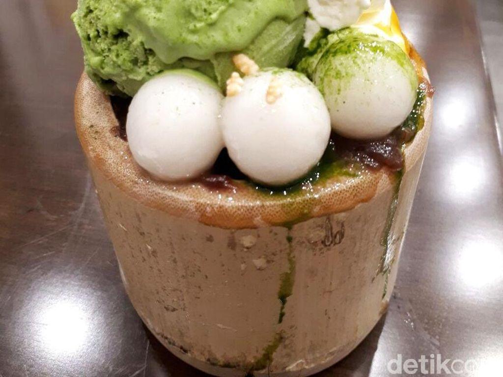 Kekinian! Cicip Dessert Serba Matcha di Amausaan Uji Matcha