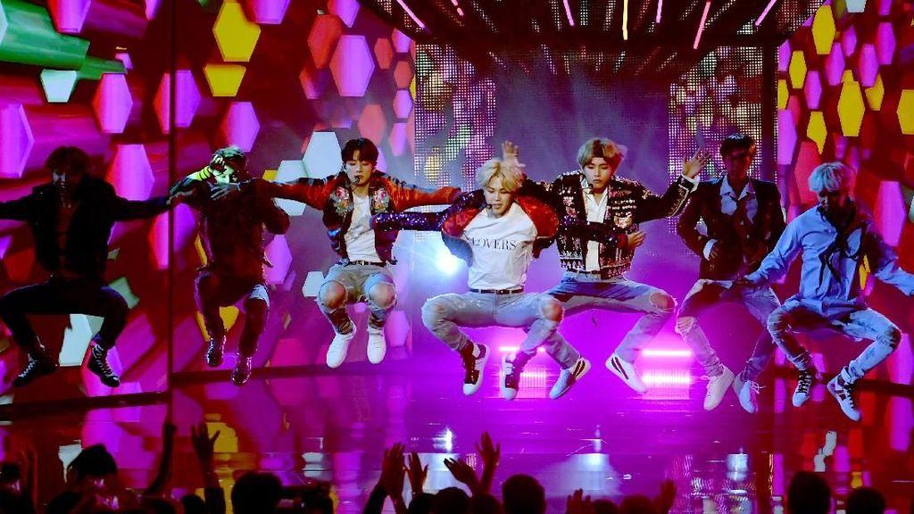 Aksi Pink hingga BTS Jadi Best Moment di AMAs 2017