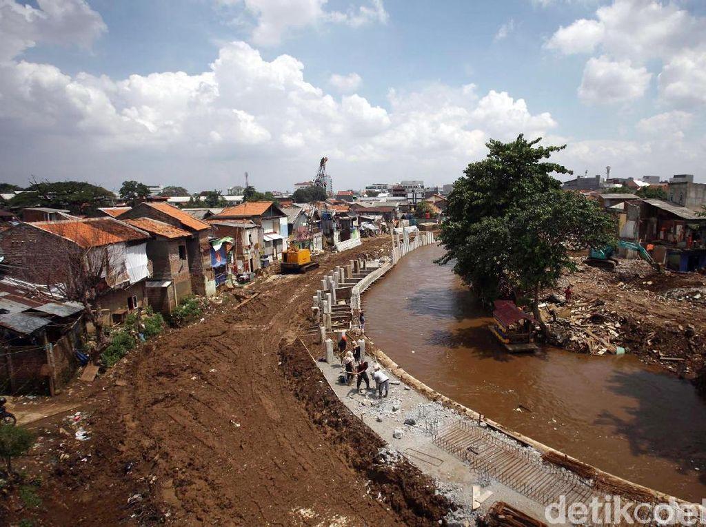 Pemprov DKI Siapkan 2 Opsi Lahan untuk Shelter Warga Bukit Duri