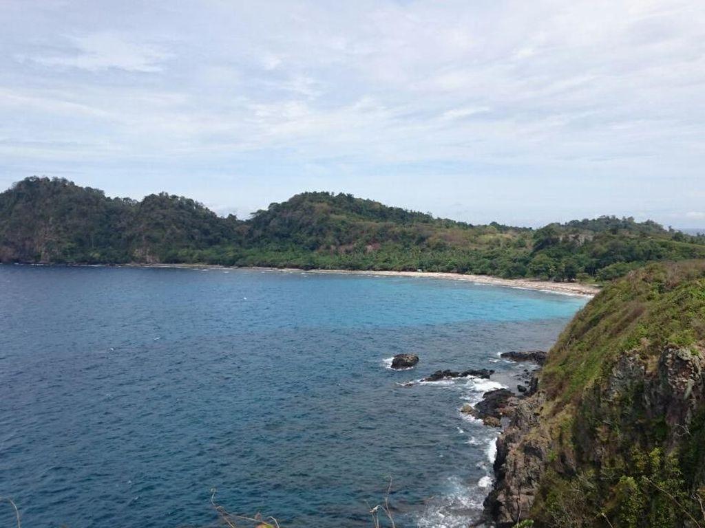Keindahan Pulau Sangiang, Spot Favorit Wisatawan Banten