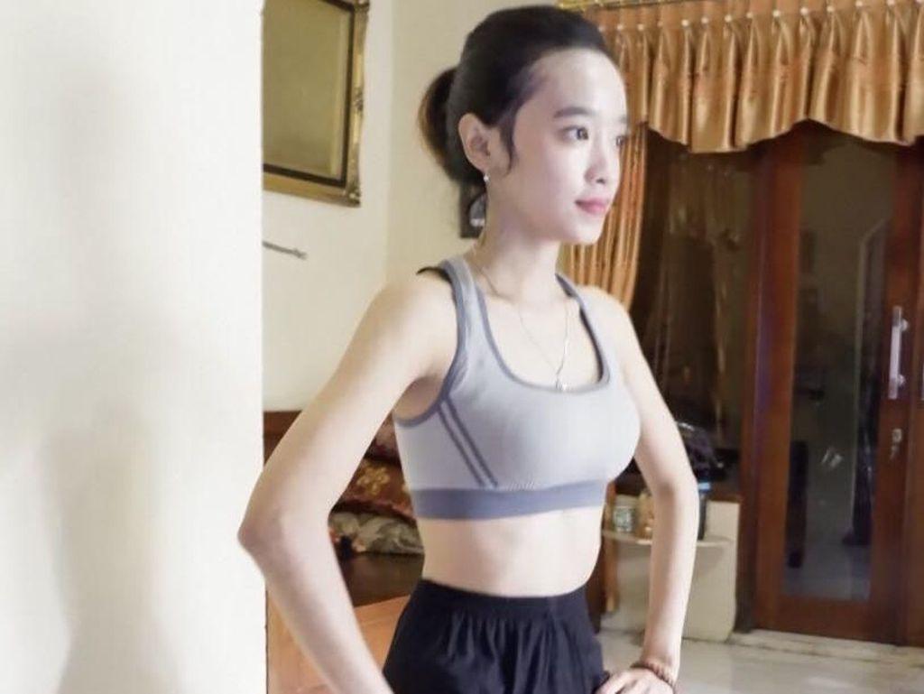 Gerakan Jongkok Berdiri untuk Merapatkan Miss V