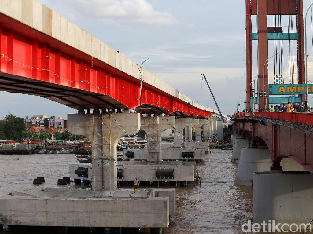 RI Punya LRT Pertama di Dunia Melintas di Atas Sungai