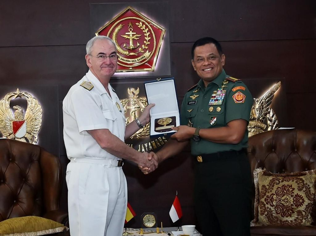 Panglima TNI Terima Kunjungan Kehormatan Kasal Spanyol