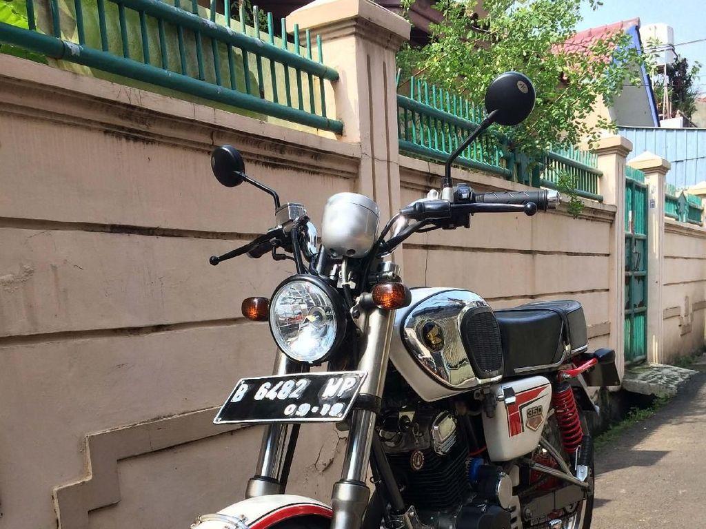 Motor Legendaris Honda CB 100 Berbaju CB 160