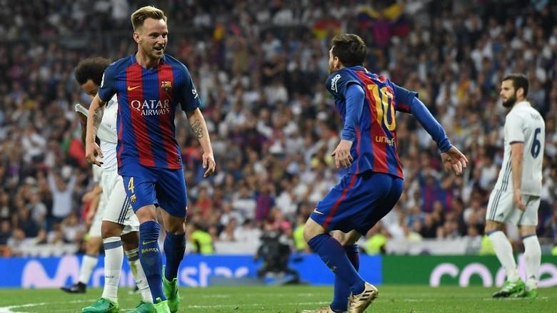 Rakitic Tak Yakin 100% Messi Akan Bertahan di Barca