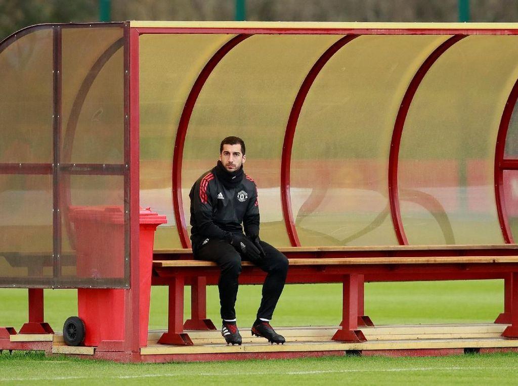 Sudah Beredar Foto Mkhitaryan Pakai Atribut Arsenal