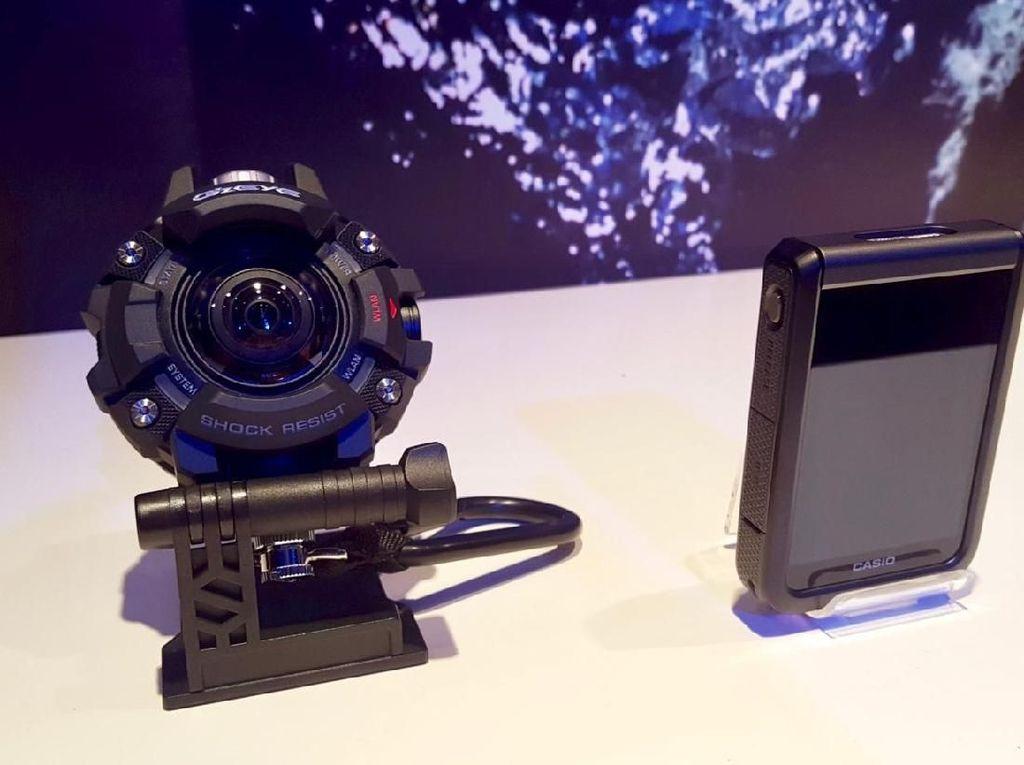 Casio Bikin Kamera G-Shock Tahan Banting