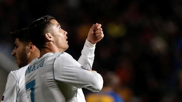 Ronaldo Bakal Menangi Lebih Banyak Ballon dOr Ketimbang Messi