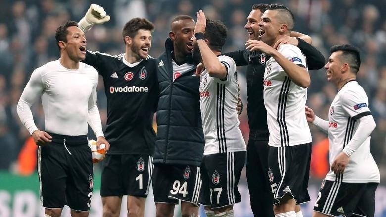 Besiktas Lolos Usai Imbang dengan Porto