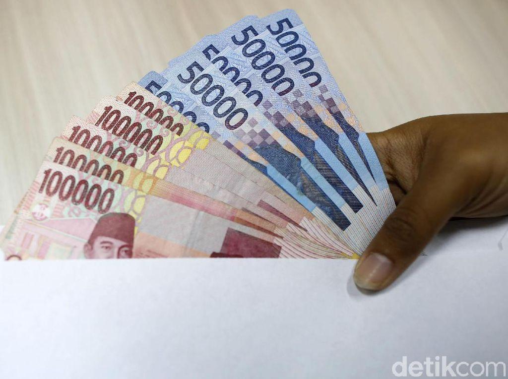 Tunai atau Kredit? (1)