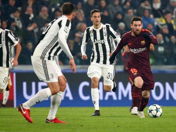 Barcelona bermain imbang 0-0 saat bertandang ke markas Juventus. Namun hasil itu sudah cukup memastikan Barca lolos ke 16 besar Liga Champions.