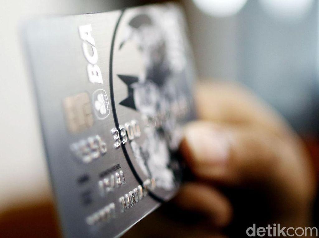 Ingat! Bunga Kartu Kredit Turun Mulai Hari Ini