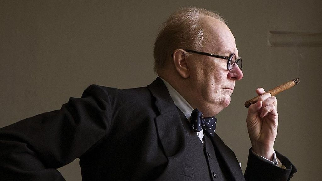 Darkest Hour, Ketika Gary Oldman Berubah Menjadi Winston Churchill
