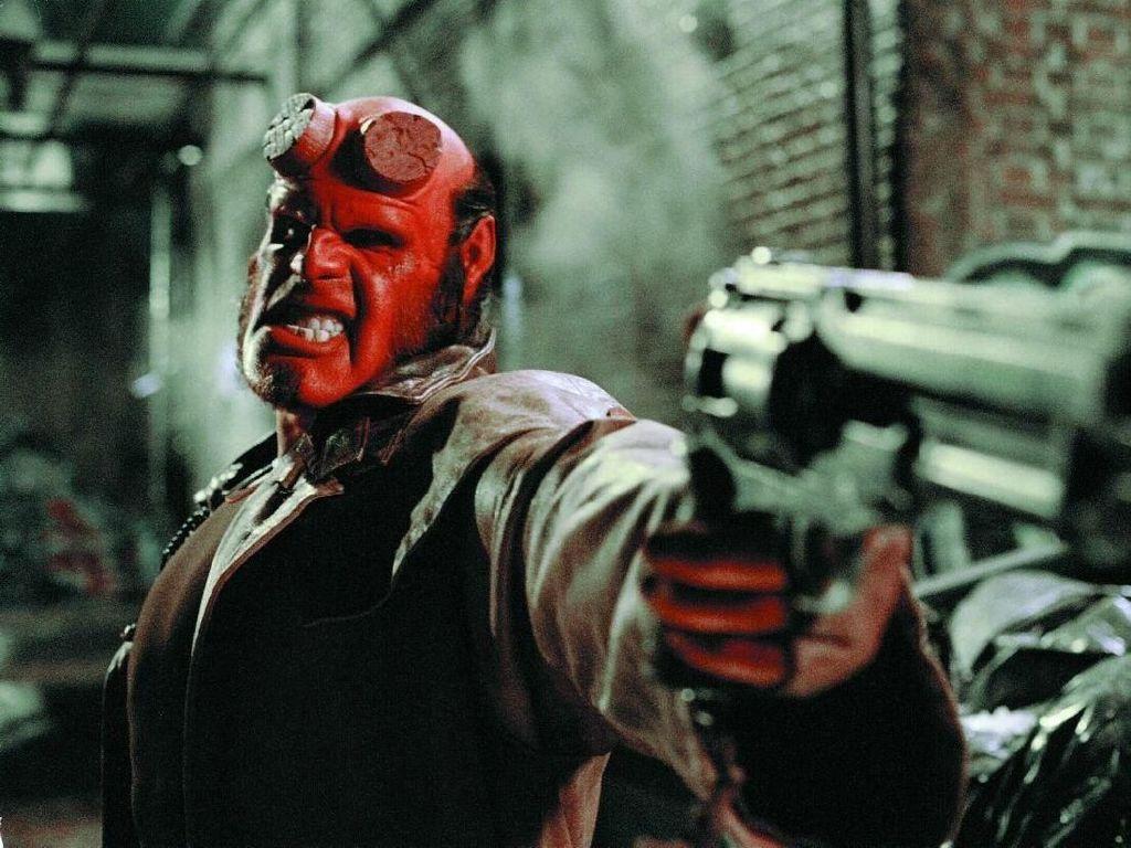 Trailer Hellboy Antara Komik dan Horor