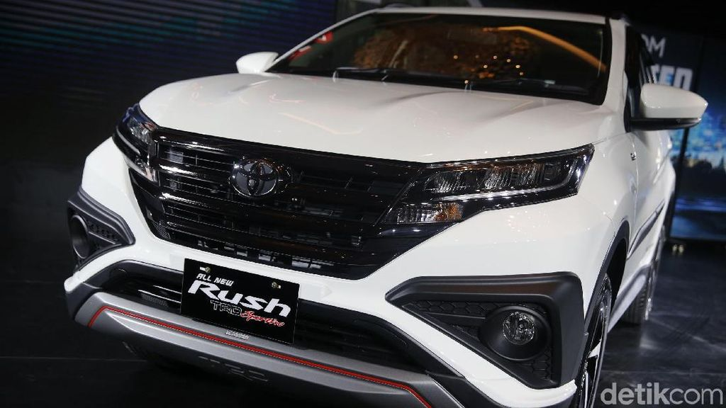 Toyota Beri Kesempatan Komunitas Lihat Rush Pertama Kali