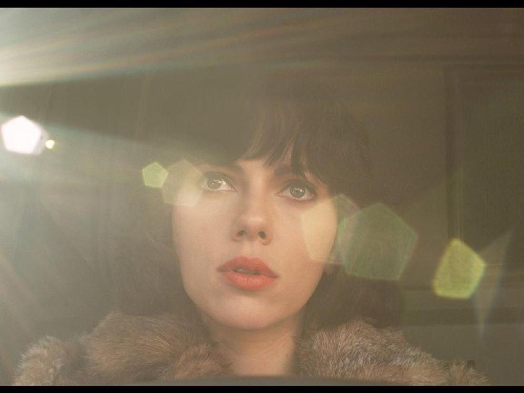 Tak Kuat Dihujat, Scarlett Johansson Lepaskan Peran Transgender