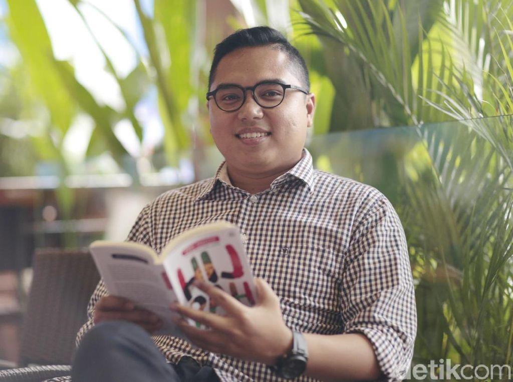 Tampil di Singapore Writers Festival, Fahd Pahdepie Promosikan Novel Baru