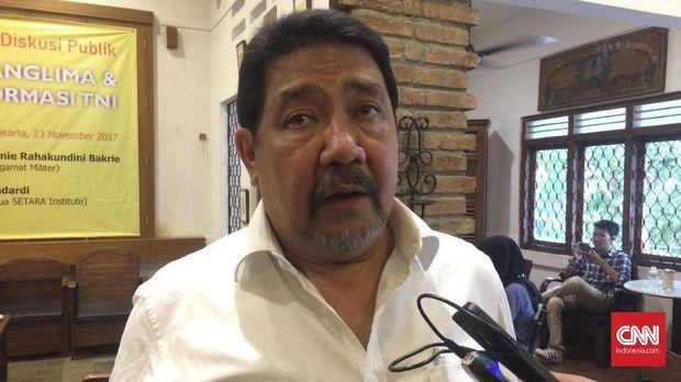 Anggota Pansel Capim KPK Hendardi menyebut dugaan pelanggaran etik Firli belum sampai 'inkracht' karena baru tahap pertama.