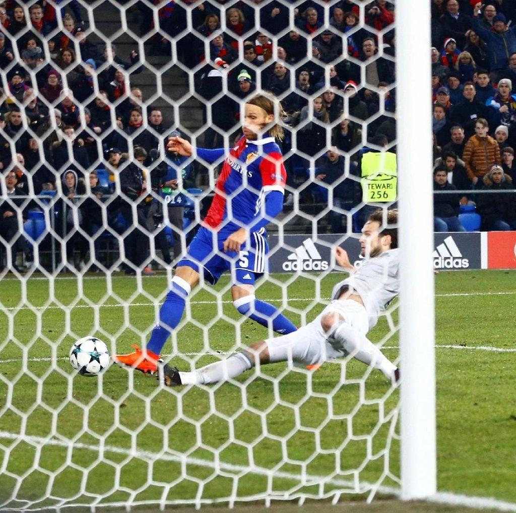 MU Takluk 0-1 dari Basel