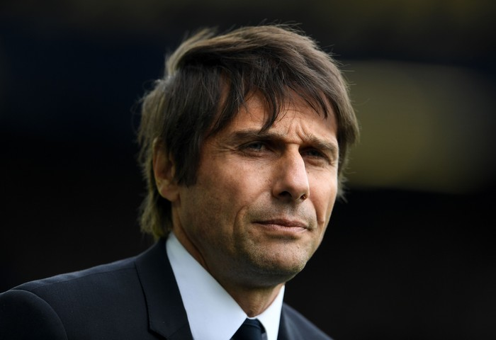 LIVERPOOL, ENGLAND - APRIL 30:  Antonio Conte, Manager of Chelsea looks on prior to the Premier League match between Everton and Chelsea at Goodison Park on April 30, 2017 in Liverpool, England.  (Photo by Laurence Griffiths/Getty Images)