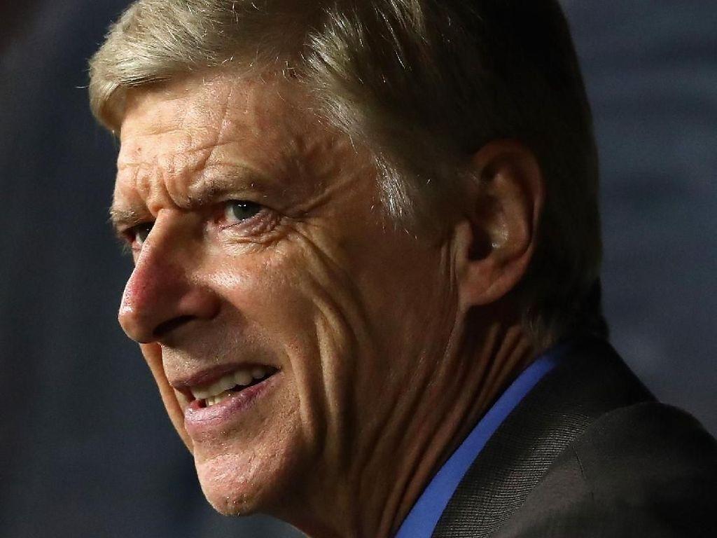 Senyum Wenger di Kekalahan Arsenal