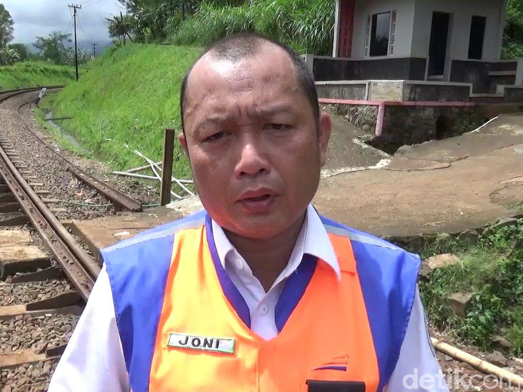 Truk Semen Tabrak Kereta Angkut Batu Bara di Lampung, KAI Tuntut Ganti Rugi
