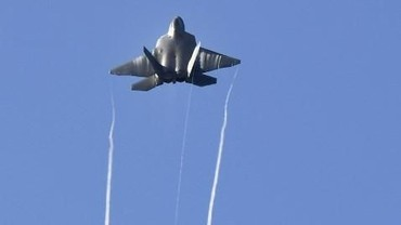 AS Cegat Pesawat Pengebom dan Jet Tempur Rusia di Pantai Alaska