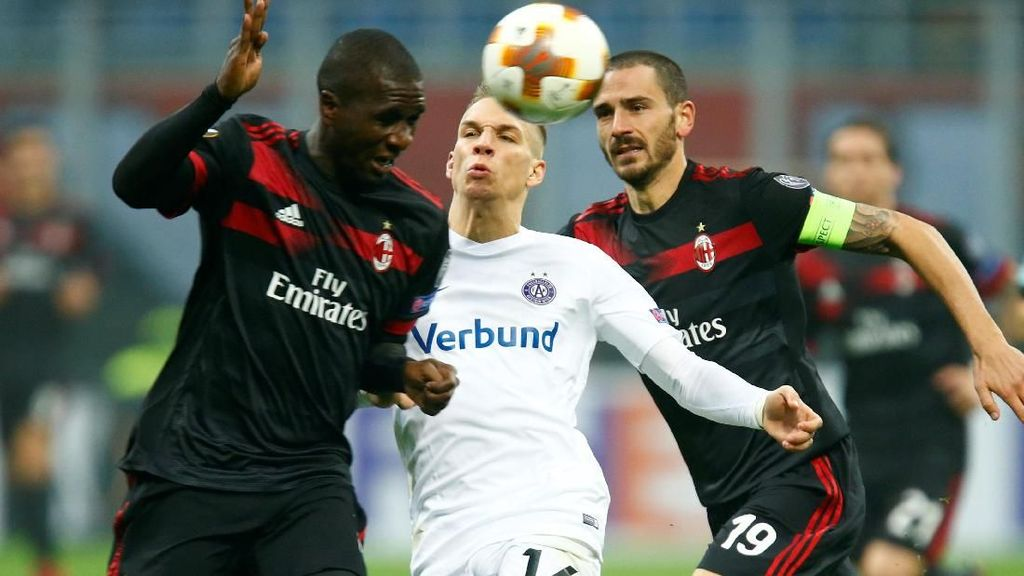 Lumat Austria Vienna 5-1, Milan Lolos Sebagai Juara Grup