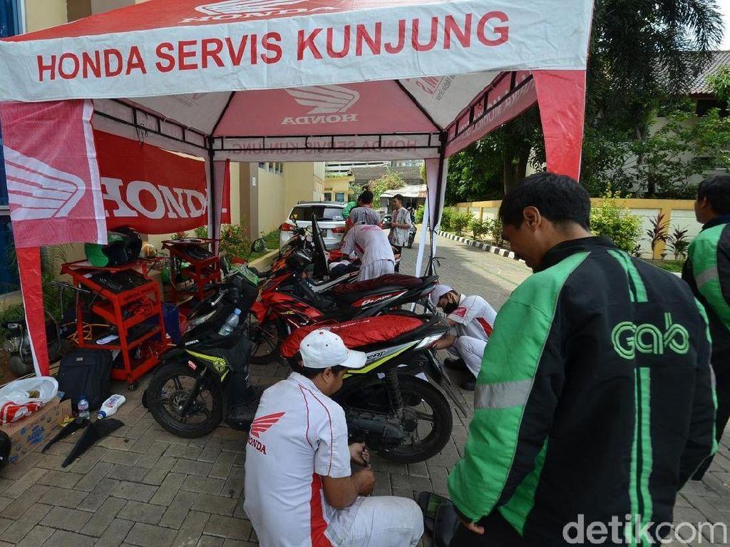 Honda Beri Diskon Servis Ojek Online