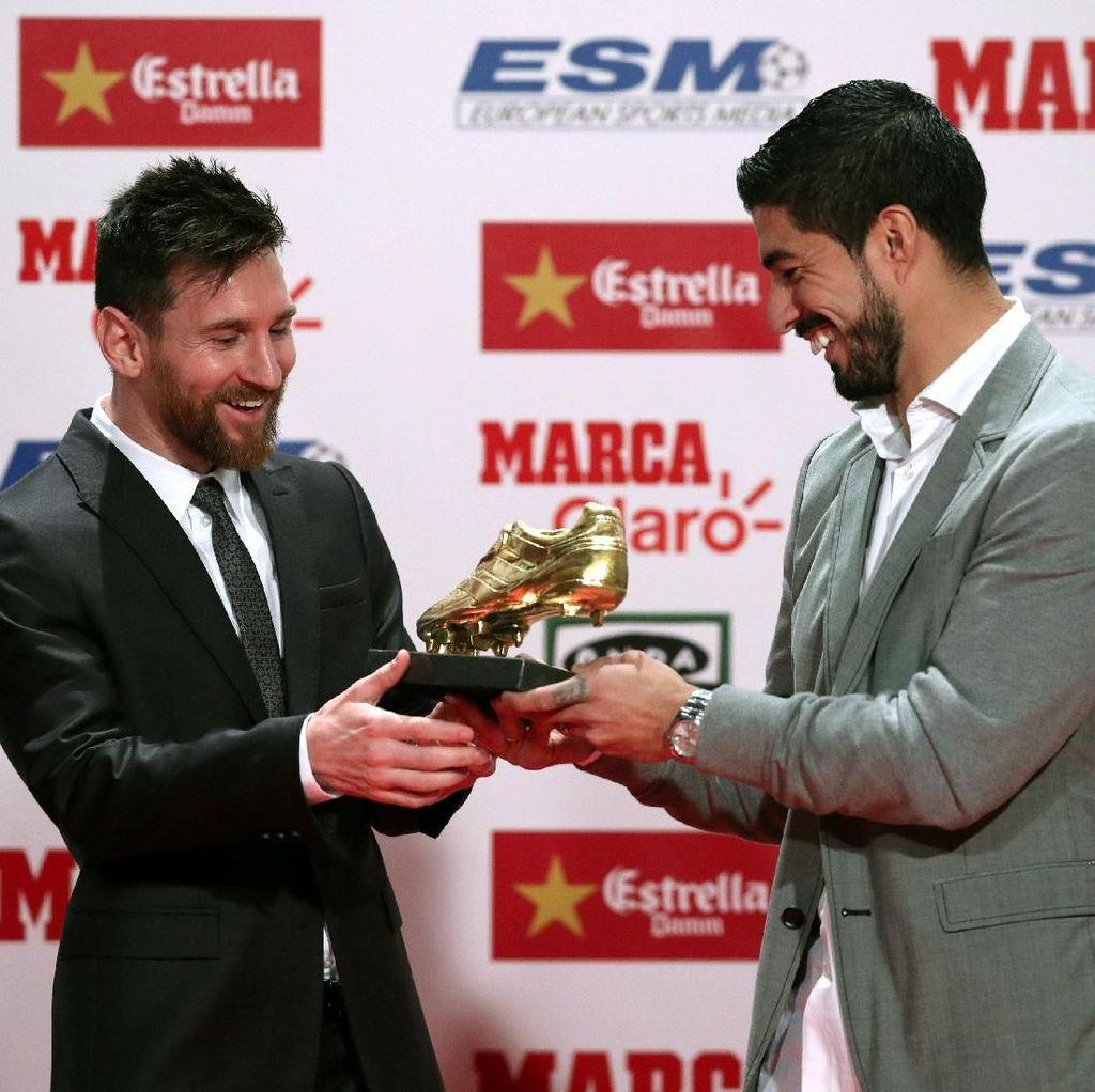 Dapat Sepatu Emas Eropa, Messi Sanjung Rekan-rekannya di Barca