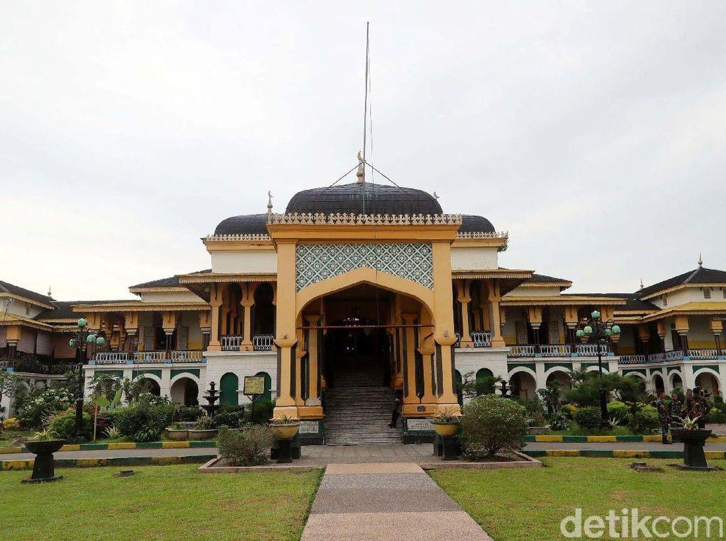 Usai Nonton Kirab Kahiyang-Bobby, Yuk Jalan-Jalan ke Medan