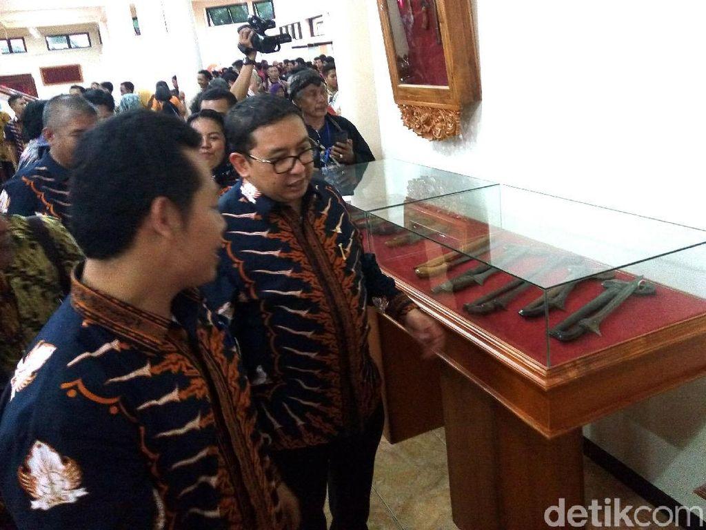 Melebihi Milik Jokowi, Berapa Jumlah Koleksi Keris Fadli Zon?