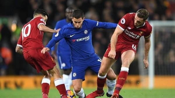 Liverpool vs Chelsea Sama Kuat Saat Turun Minum