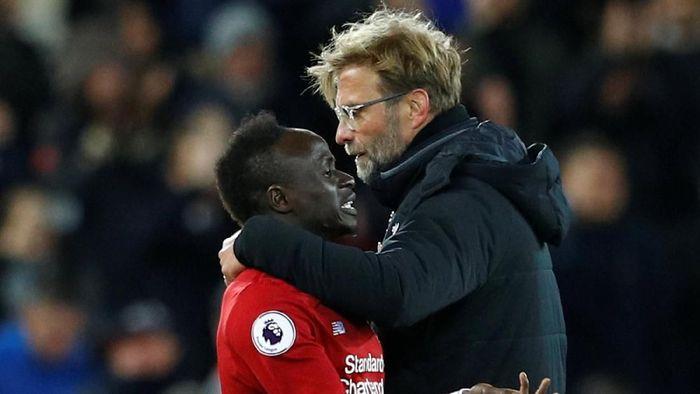 Manajer Liverpool Juergen Klopp membela Sadio Mane dari tuduhan diving dari Pep Guardiola. (Foto: Phil Noble/Reuters)