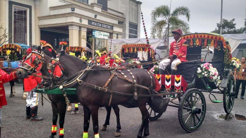 Foto: Dari Solo, Ini Kereta Kuda untuk Kirab Kahiyang-Bobby di Medan