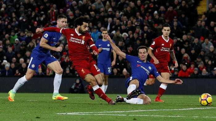 Soccer Football - Premier League - Liverpool vs Chelsea - Anfield, Liverpool, Britain - November 25, 2017   Liverpools Mohamed Salah scores their first goal     REUTERS/Phil Noble    EDITORIAL USE ONLY. No use with unauthorized audio, video, data, fixture lists, club/league logos or