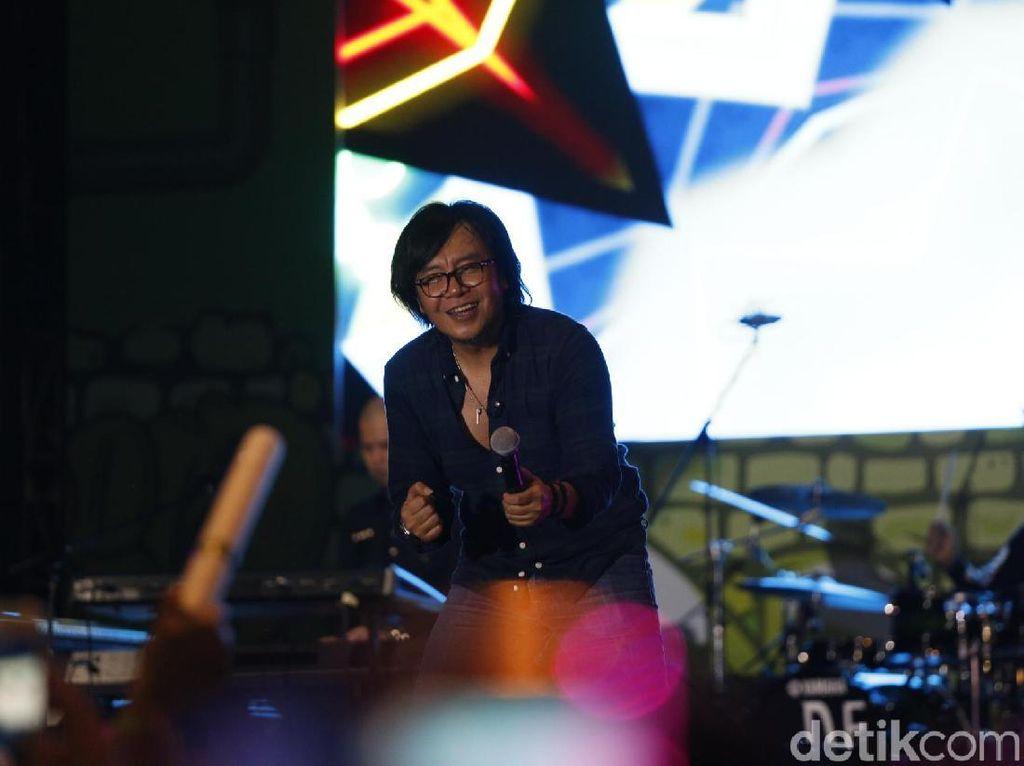Ari Lasso Dilarikan ke RS, Fahmi Bo Kena Stroke