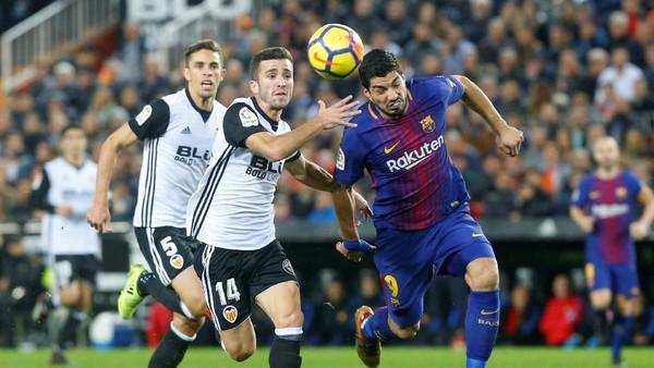 Diwarnai Kontroversi, Barcelona Imbang 1-1 Lawan Valencia