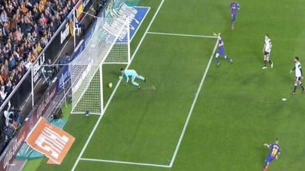 Gol-gol Hantu yang Menggentayangi Sepakbola: Luis Garcia, Lampard, dan Messi
