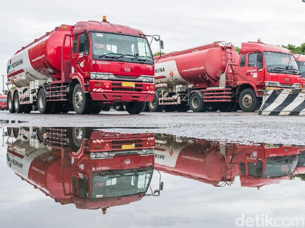Mobil Tangki Pertamina Dibajak ke Depan Istana, Sopir Disandera