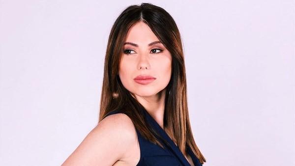 Fans Iran pada Presenter Wanita Piala Dunia: Tolong Berpakaian Tertutup