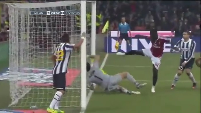Gol hantu Sulley Muntari AC Milan vs Juventus 2012