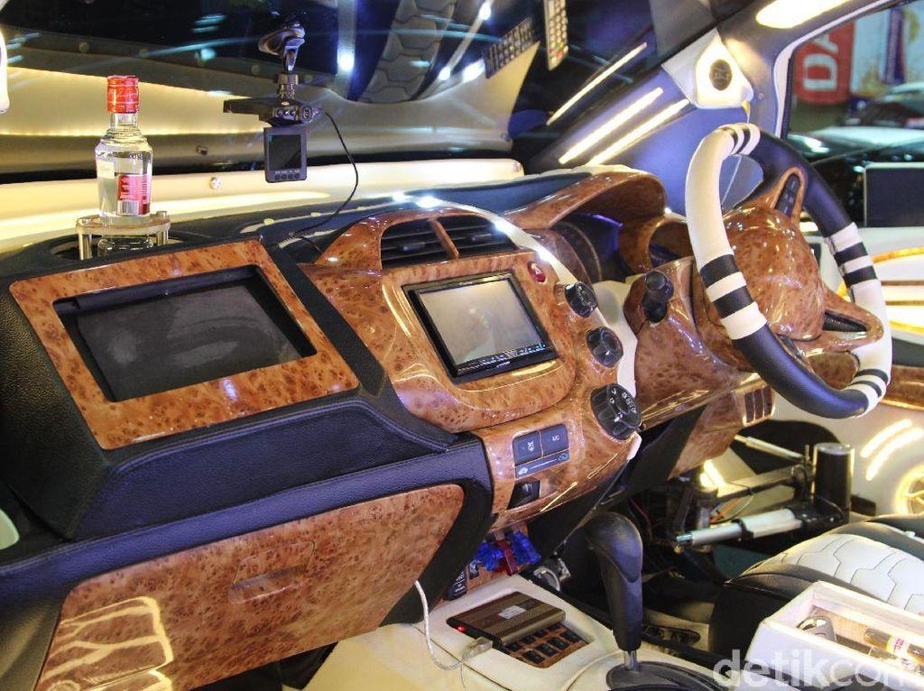 Honda Jazz dengan Interior yang Makin Mewah