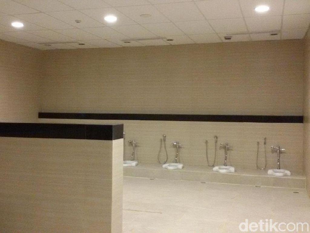 Video: Toilet Rp 5,7 M yang Disebut Sultan HB Ambune Kok Pesing