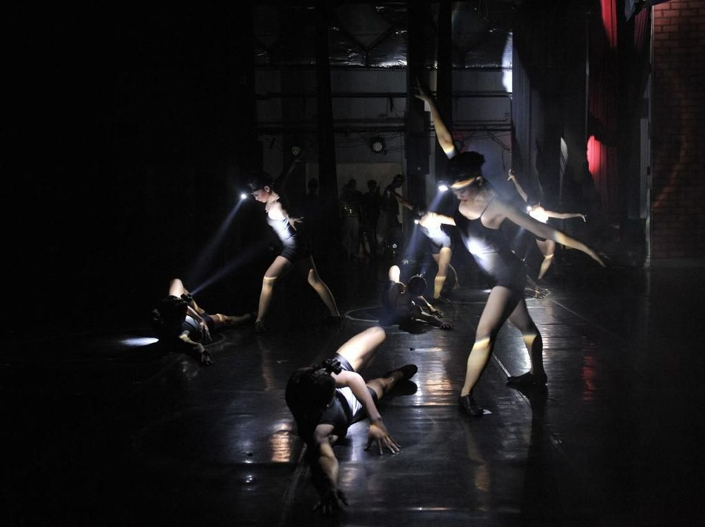 Dibuka Malam Ini, Pentas EKI Dance Company Usung Kids Jaman Now