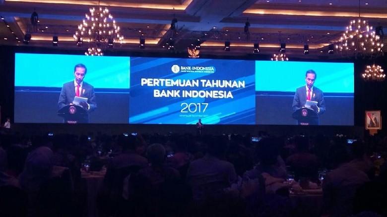 Kritik Jokowi ke SMK: 80% Gurunya Normatif
