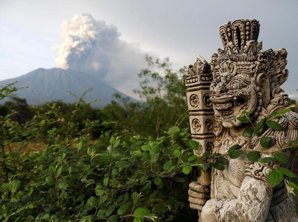 Lombok Berikan Diskon Bermalam Bagi Turis yang Terdampar di Bali